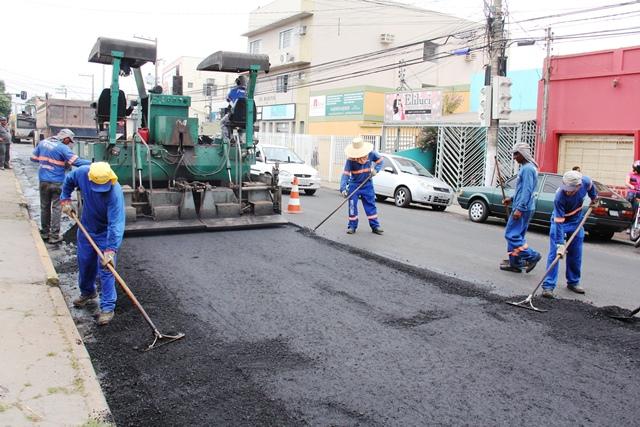 Novos Caminhos: Inauguração de asfalto no Bairro Pedra 90.