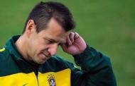 Eliminatórias da Copa : Dunga rechaça ameaça no cargo e pede paciência com a seleção