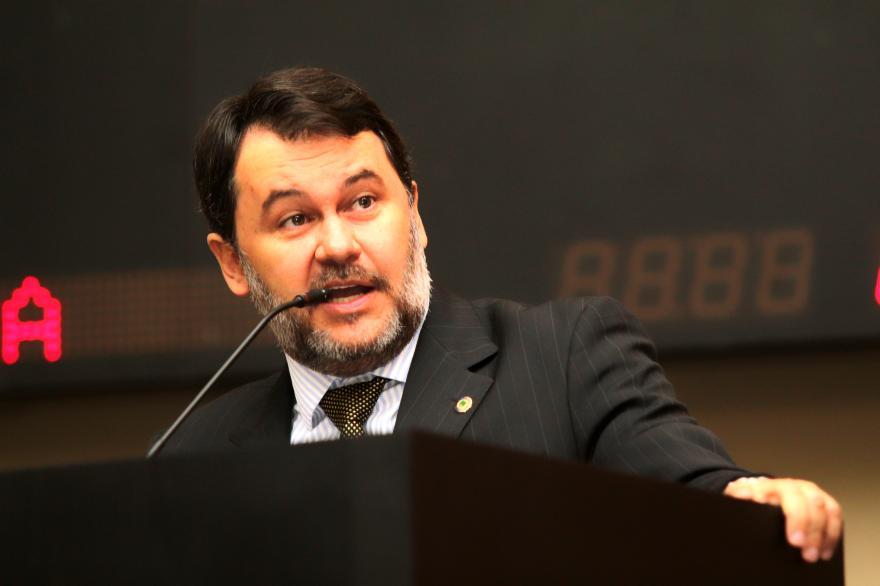 Atuação Parlamentar : Oscar trabalha em prol de setor econômico e visa participação popular
