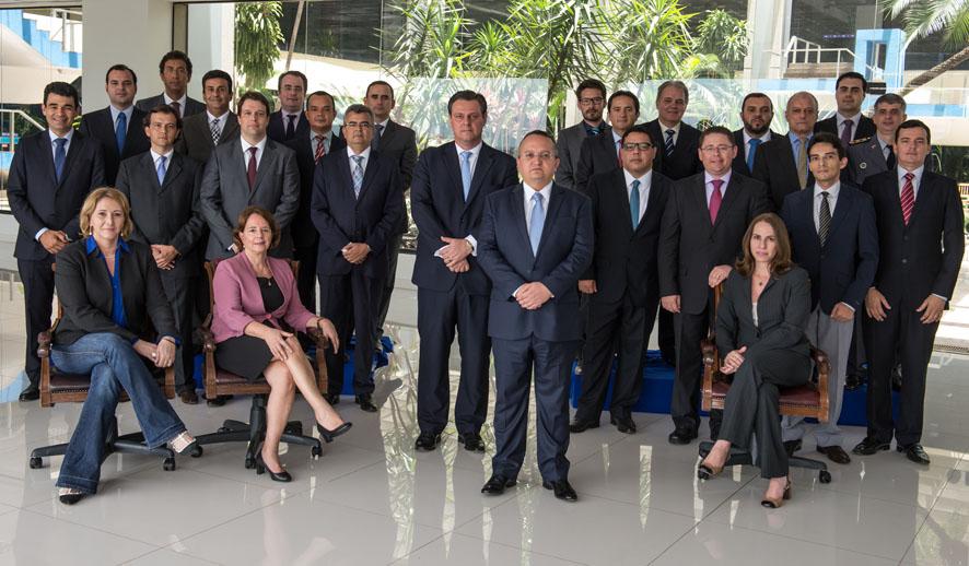 Mato Grosso: Governador faz reunião de avaliação dos trabalhos