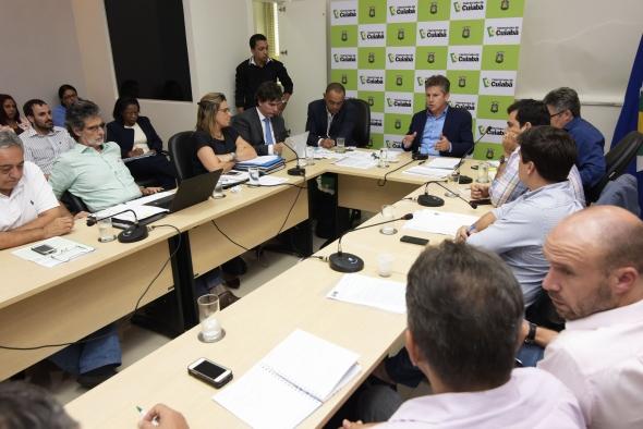 Cuiabá: Palavra de ordem é manter controle de gastos e entregar tudo que foi iniciado, determina Mauro Mendes
