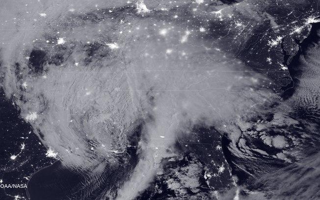 Tempestade de neve mata pelo menos 29 pessoas na Costa Leste dos EUA