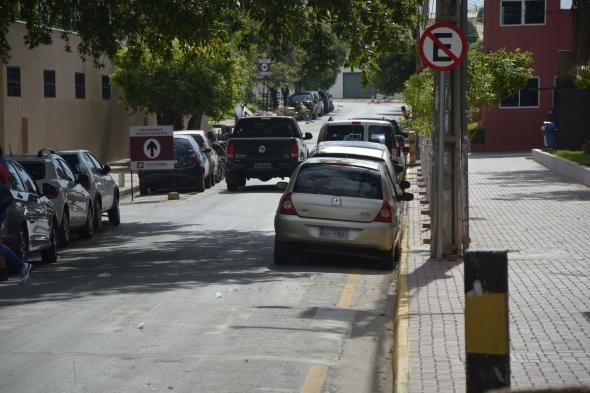 Cuiabá: Prefeitura complementa sinalização na região do Hospital Santa Rosa para melhorar o tráfego