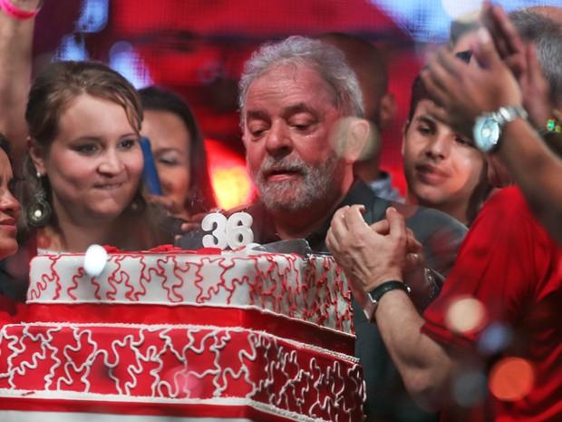 Ao se defender de denúncias, Lula diz que aceita quebra de sigilos