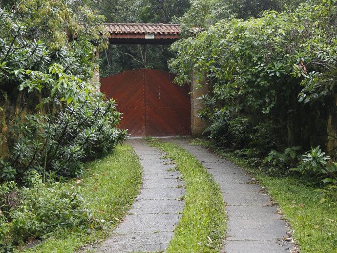 Empreiteira OAS pagou em dinheiro móveis de sítio que Lula frequentava