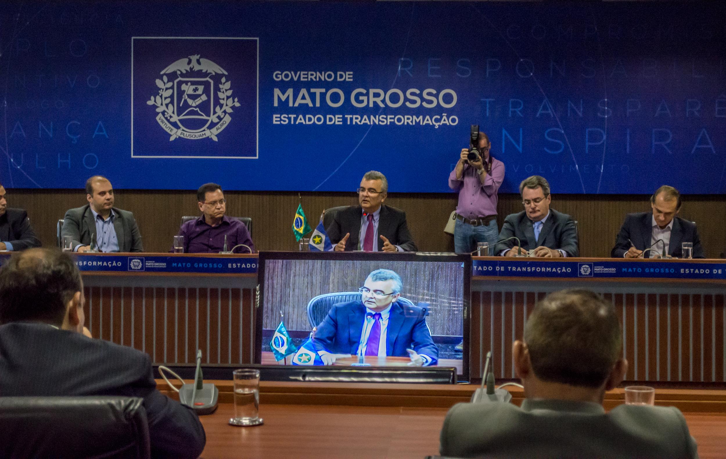 Governo prorroga Decreto 380 por 90 dias e cria grupo para discutir reforma tributária