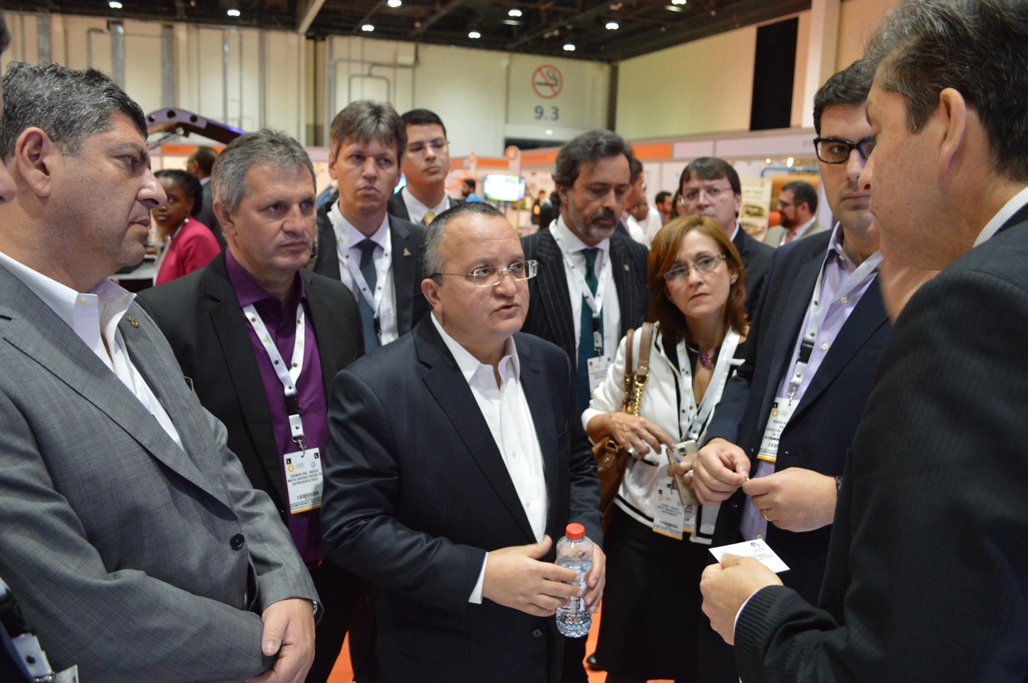 Negócios na Arábia: Pedro Taques convida investidores a conhecer Mato Grosso