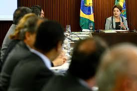 Dilma convoca ministros ao Planalto após ação da PF na casa de Lula
