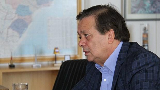 Comissão do impeachment elege aliado de Cunha como relator