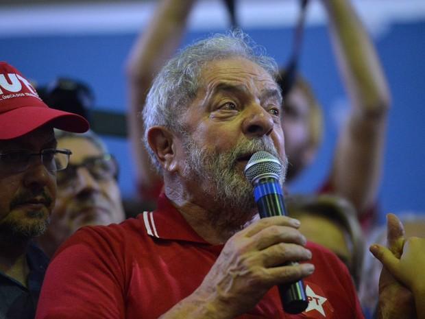 Justiça autoriza Lula a ter acesso a processos que citam o nome dele