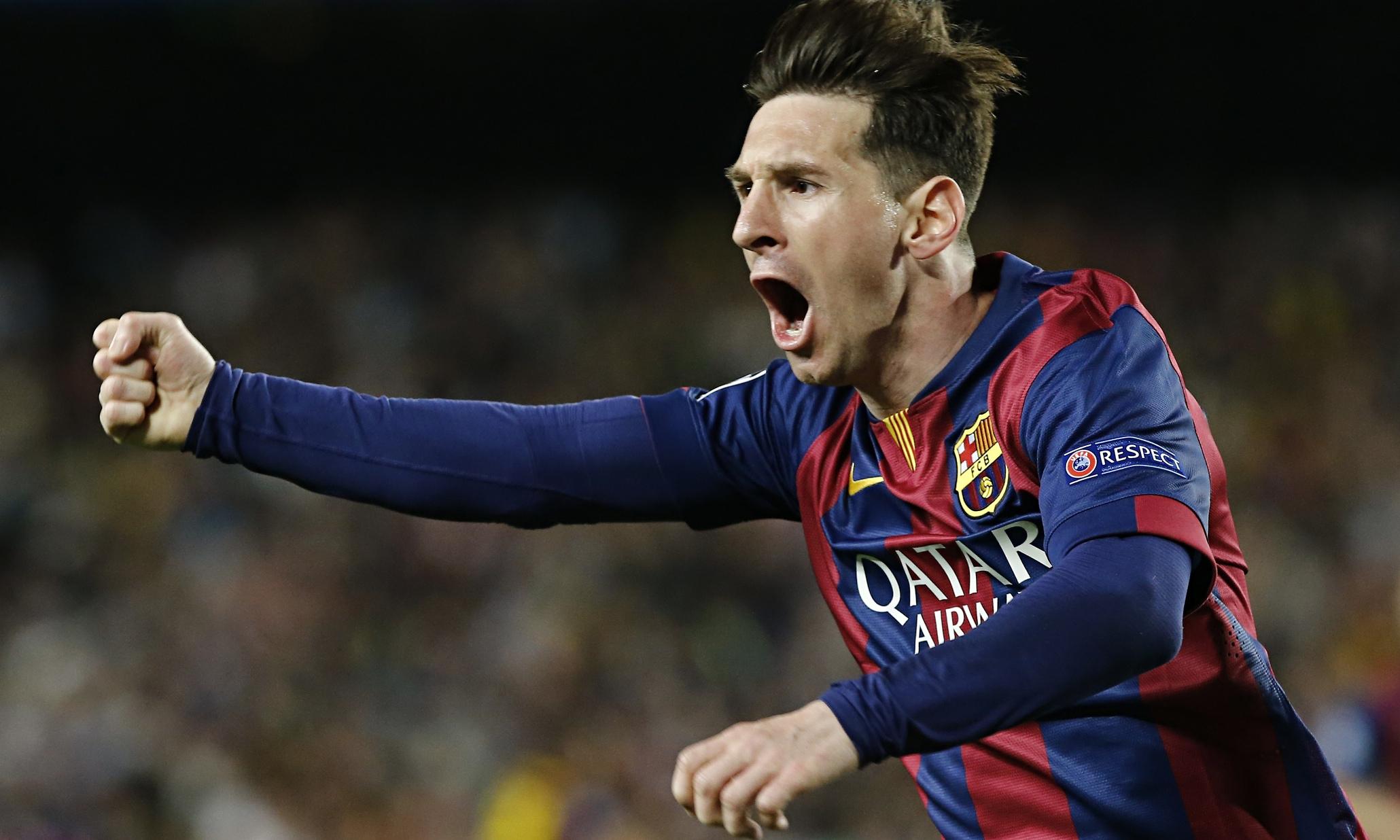 Pula para esquerda, goleiro! Sem mudar lado, Messi marca 6 de falta na temporada