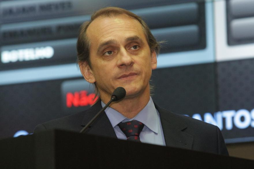 Wilson Santos fará emenda em projeto a pedido do Sinduscon