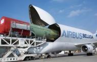 Aviões gigantes têm nove asas e transportam até 50 carros; conheça alguns