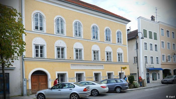 Áustria quer desapropriar casa natal de Hitler