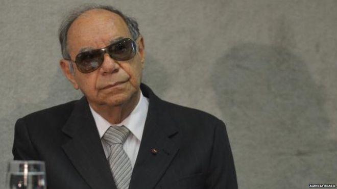 Novas curtidas a Coronel Ustra crescem 3.300% após homenagem de Bolsonaro
