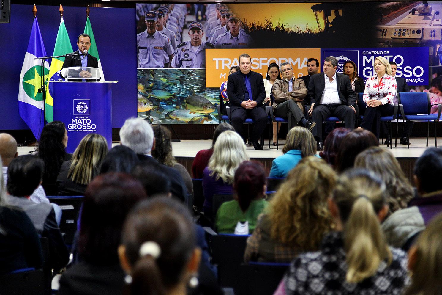 """""""Mulheres em Rede"""" irá qualificar mil mulheres em Cuiabá e VG"""