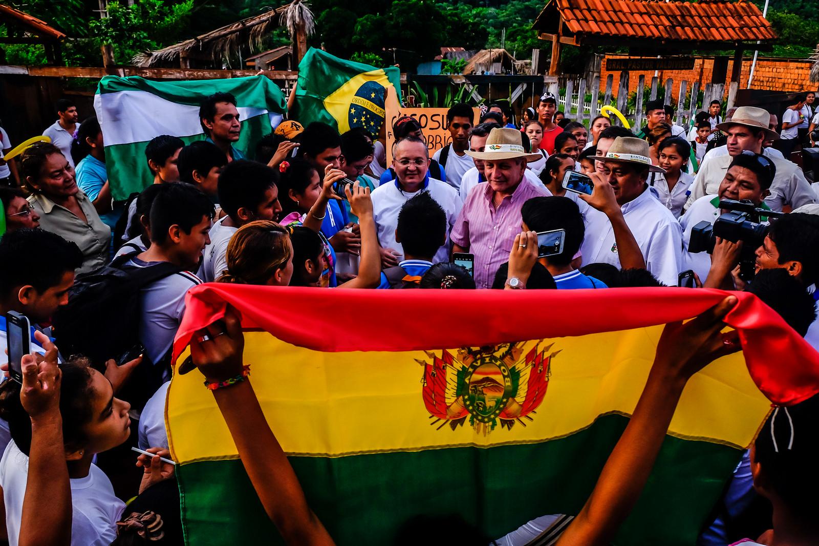 Saída pelo Pacífico: Caravana da Integração inicia segundo dia trabalho
