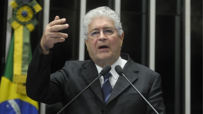 Requião expõe racha no PMDB: 'Governo Temer seria desastre igual ao de Dilma'