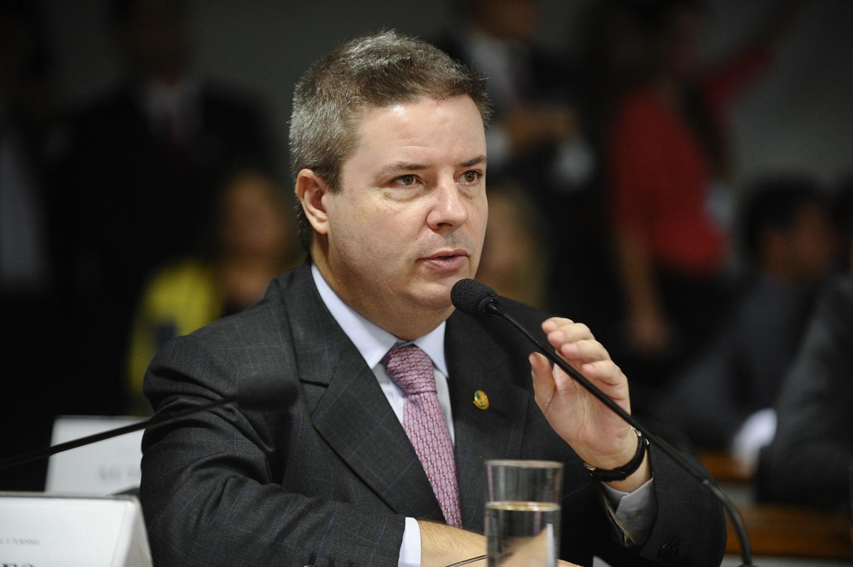 Comissão do impeachment deve votar relatório de Anastasia no dia 6