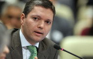 Em gravação, ministro da Transparência orienta Renan na Lava Jato