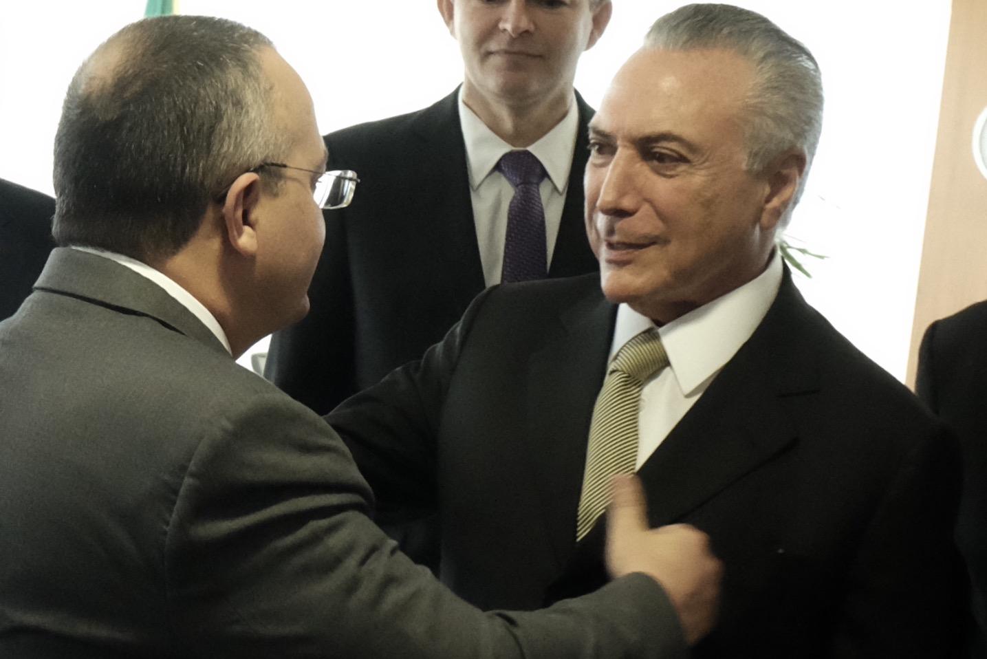 Taques se reúne com Temer para discutir renegociação de dívidas