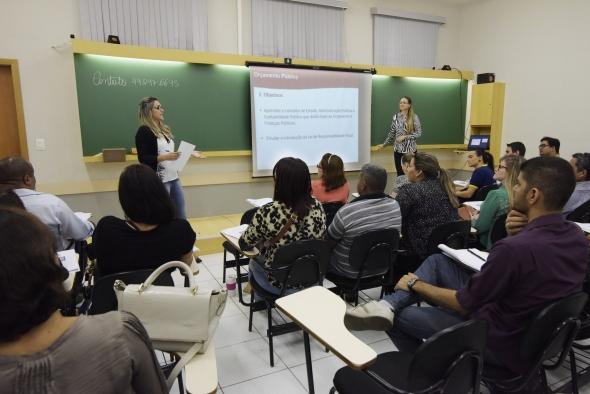 Cuiabá : Prefeitura capacita servidores para melhorar qualidade no atendimento ao público