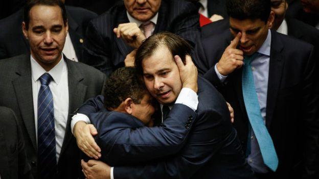 Quem é Rodrigo Maia, eleito presidente da Câmara em reação anti-Cunha