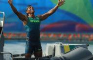 Oito obstáculos que Isaquias Queiroz superou para se tornar o maior medalhista do Brasil numa Olimpíada