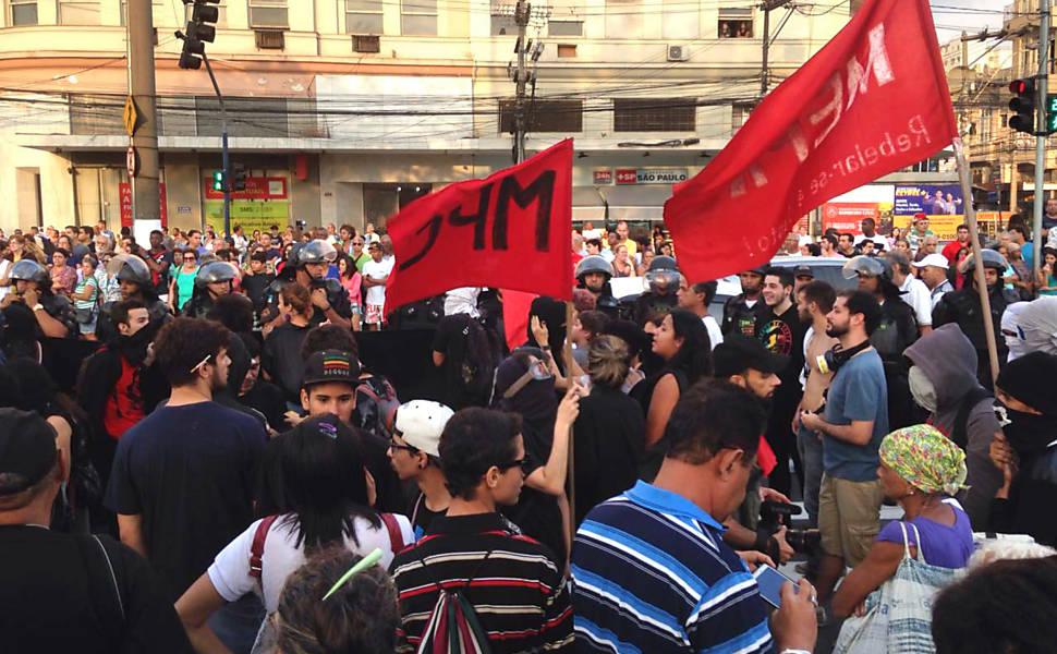 Segurança prevê 15 mil manifestantes em atos contra Temer na abertura da Rio-16