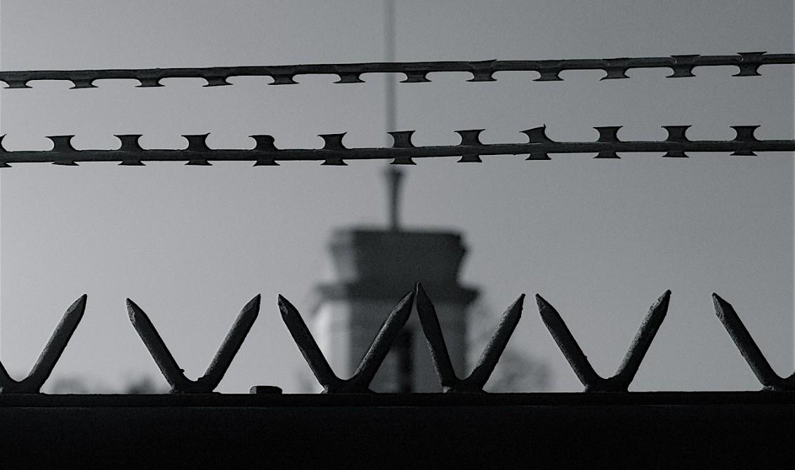 'É pior que prisão': Brasileiras contam como é a vida em abrigo para menores detidos pela imigração nos EUA