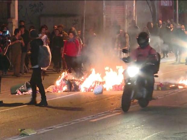 Após 5º dia de protestos, polícia libera menores e mantém maiores presos