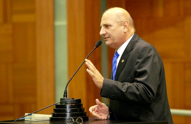 Zeca Viana e deputados cobram independência do Poder Legislativo
