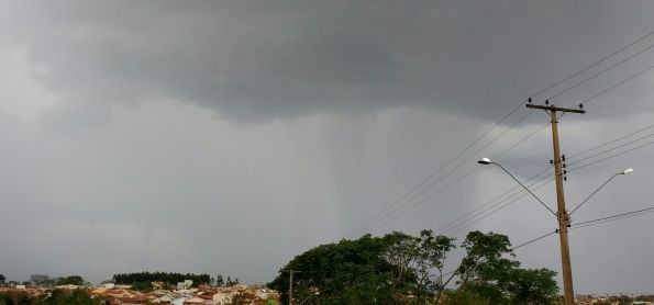 Previsão de semana chuvosa para a capital mato-grosense