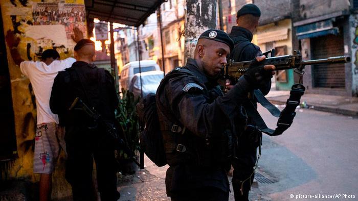 Brasil tem um assassinato a cada nove minutos