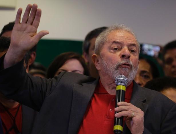 Polícia Federal indicia Lula, Marisa, Palocci e mais quatro pessoas