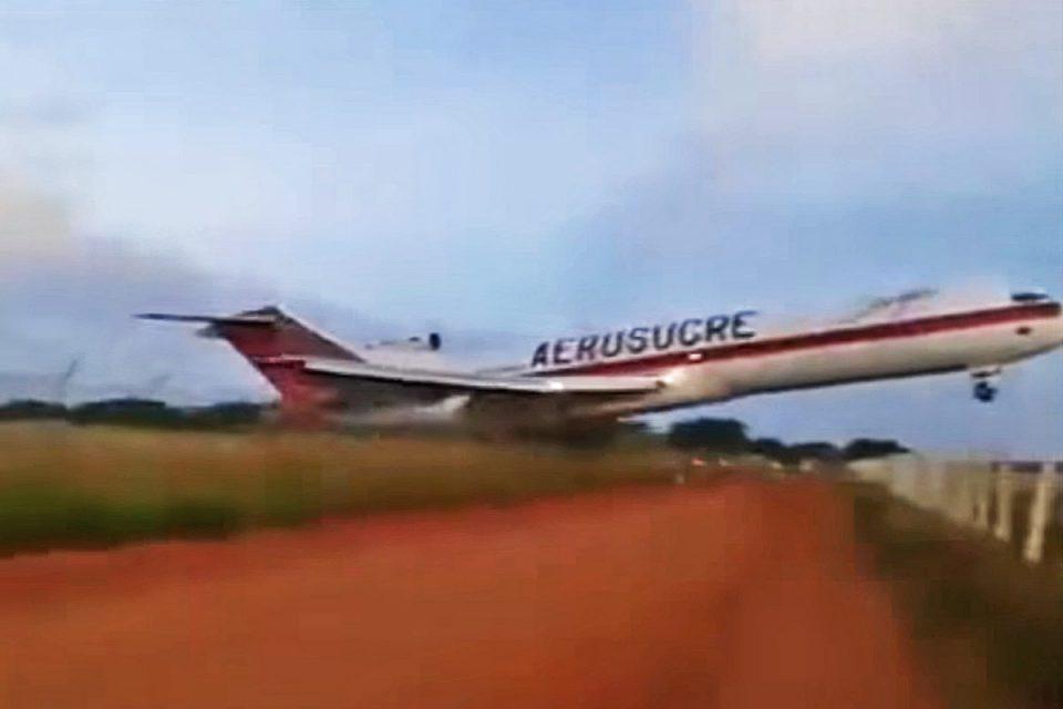 Vídeo : Avião Cargueiro ultrapassa pista ao decolar e cai minutos depois.