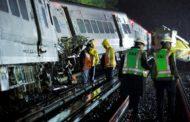 Descarrilamento de trem deixa mais de 100 feridos em Nova York