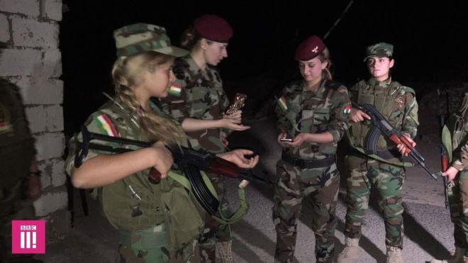 As ex-escravas sexuais que viraram soldadas e estão na linha de frente na luta contra o Estado Islâmico