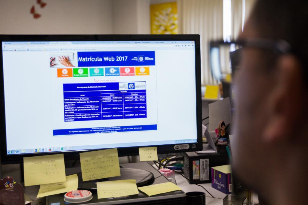 Pais devem ficar atentos às datas de matrículas na rede estadual de ensino