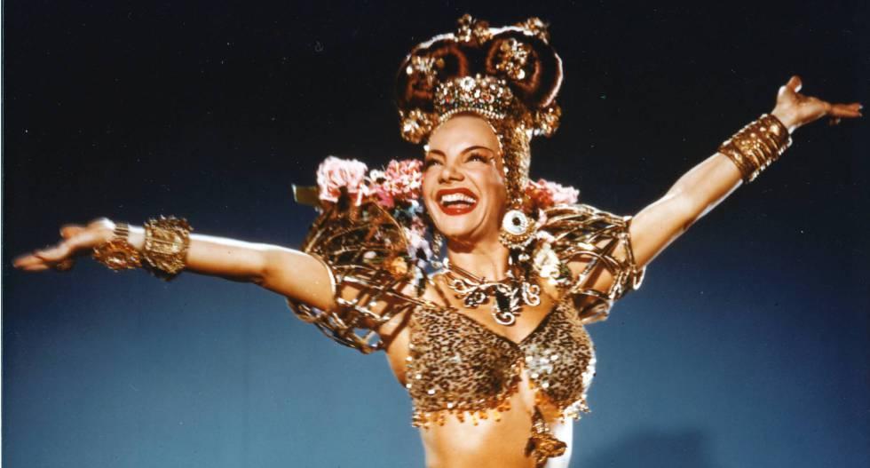 Carmen Miranda, a cantora que é uma marca brasileira no mundo