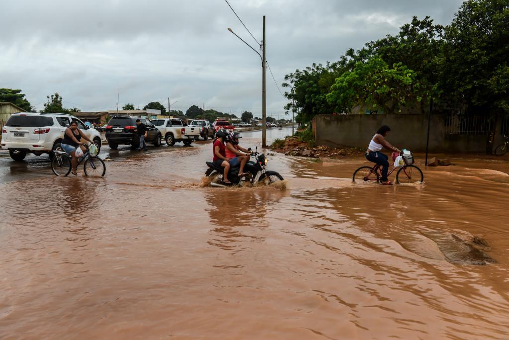 Alagamento : Estado une forças para ajudar Campo Novo do Parecis