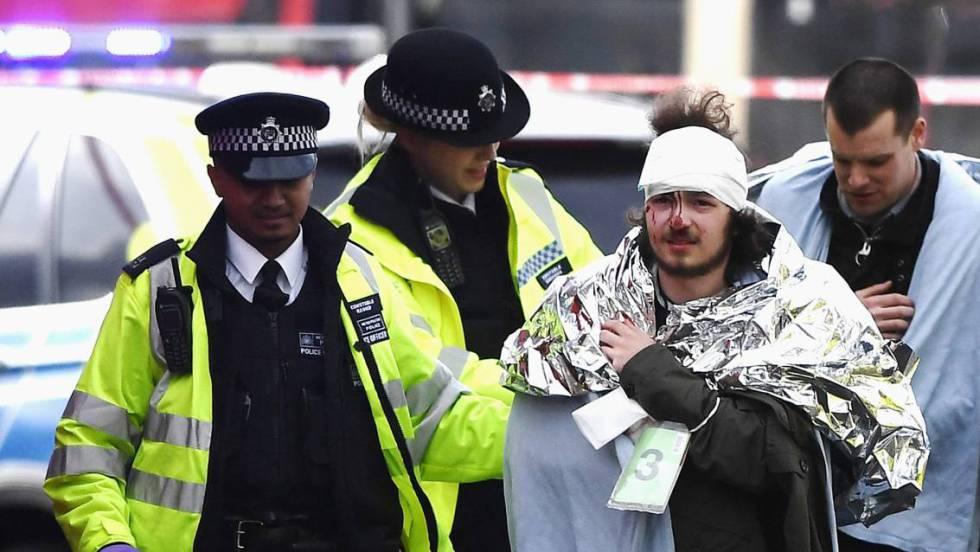 Atentado em Londres deixa cinco mortos e 40 feridos perto do Parlamento britânico