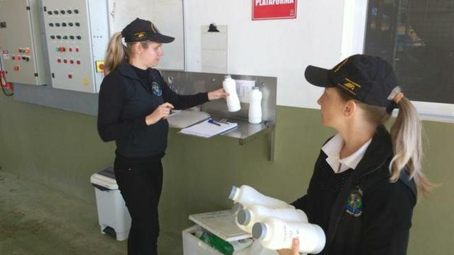 Não é só com carne: leite com ureia e óleo em vez de azeite estão entre fraudes de alimentos no Brasil