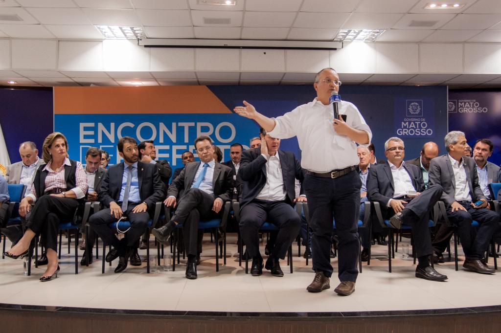Governo anuncia investimentos para os 141 municípios