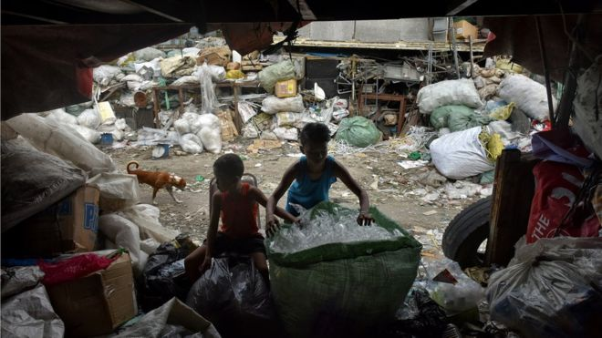 Como a poluição causa a morte de mais de 1,7 milhão de crianças todos os anos