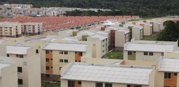 Laudo aponta que maior obra do Minha Casa, Minha Vida tem 4.000 pessoas em risco