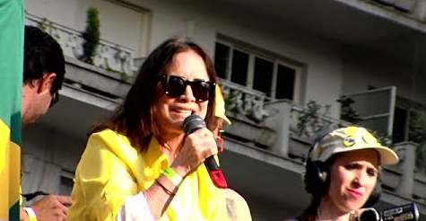 'Eu não tenho mais medo', diz Regina Duarte em ato na Paulista