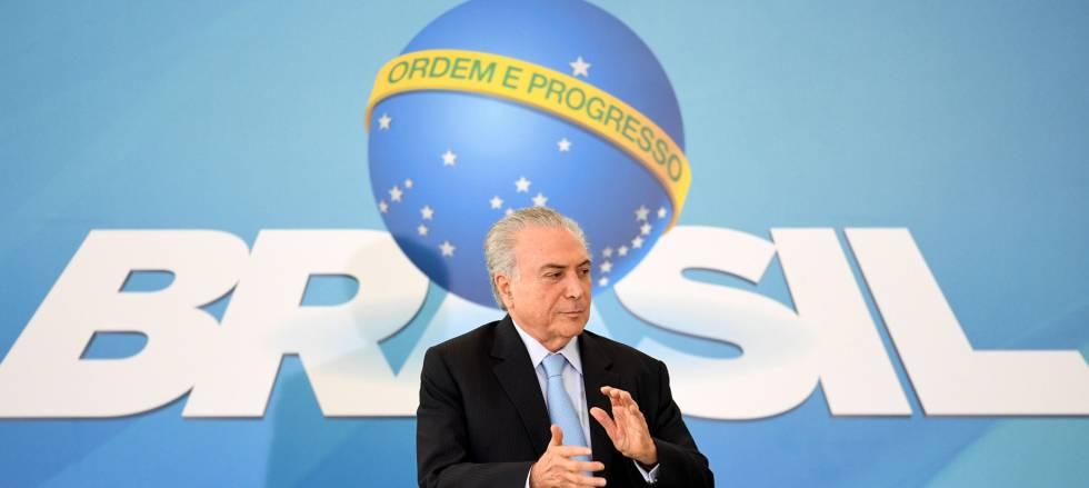 Temer ignora manifestações contra reformas e sanciona a lei da terceirização