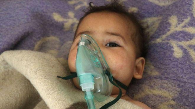 'Ataque químico' mata dezenas na Síria: o que se sabe até agora