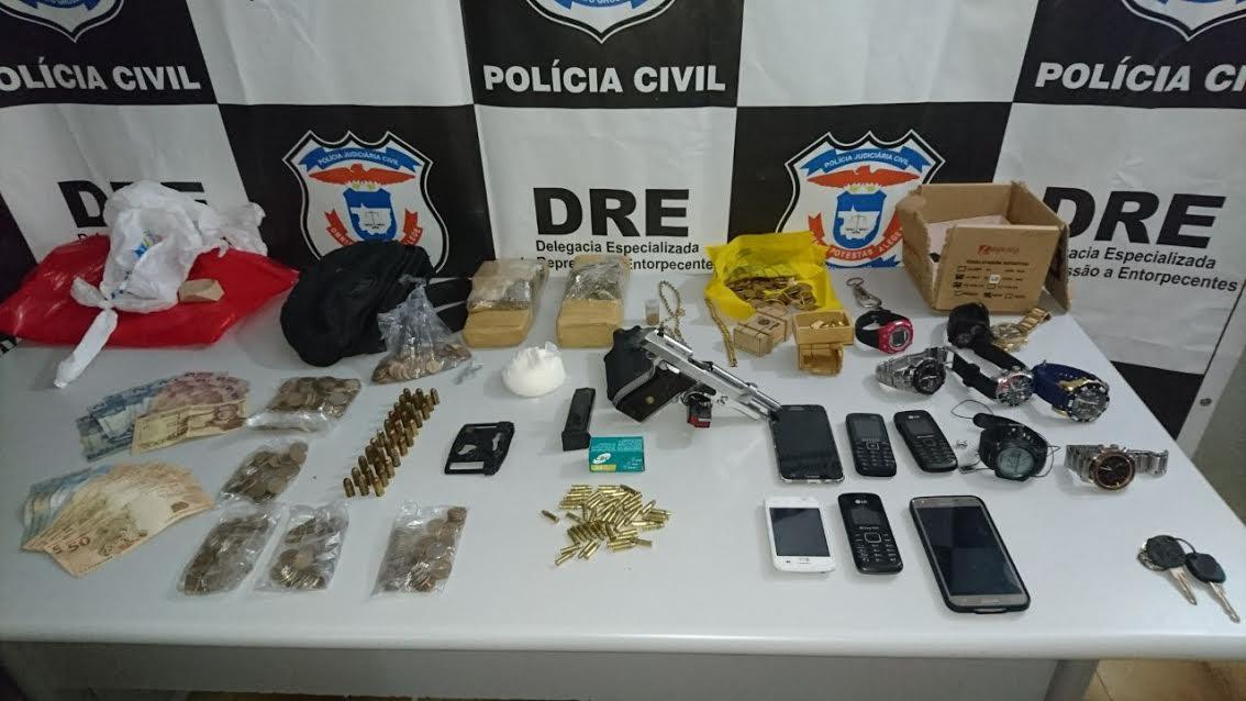 DRE: Quatro são presos na região do Tijucal por associação para o tráfico de drogas